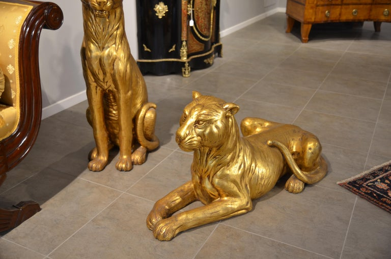 20th Century Art Deco Terracotta Italian Lioness Statues with Gold Leaves, 1930 For Sale 3