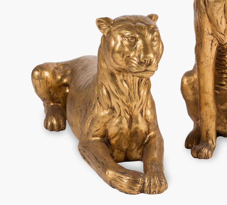 20th Century Art Deco Terracotta Italian Lioness Statues with Gold Leaves, 1930 For Sale 4