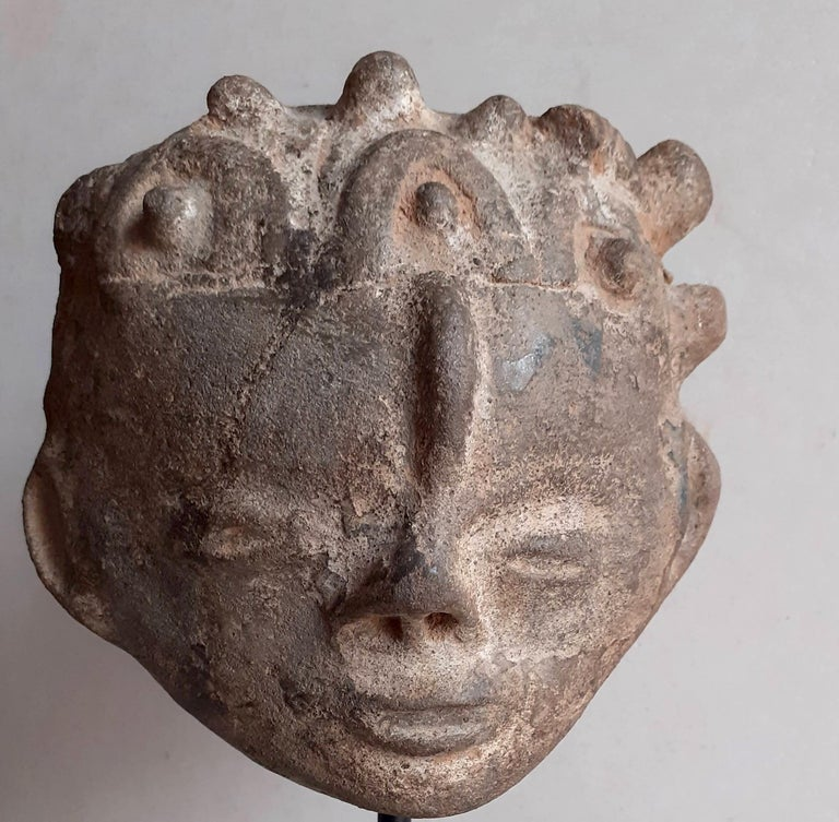 Akan Ashanti Memorial Portrait Head of a Noble Tribal African Art Sculpture  For Sale 1