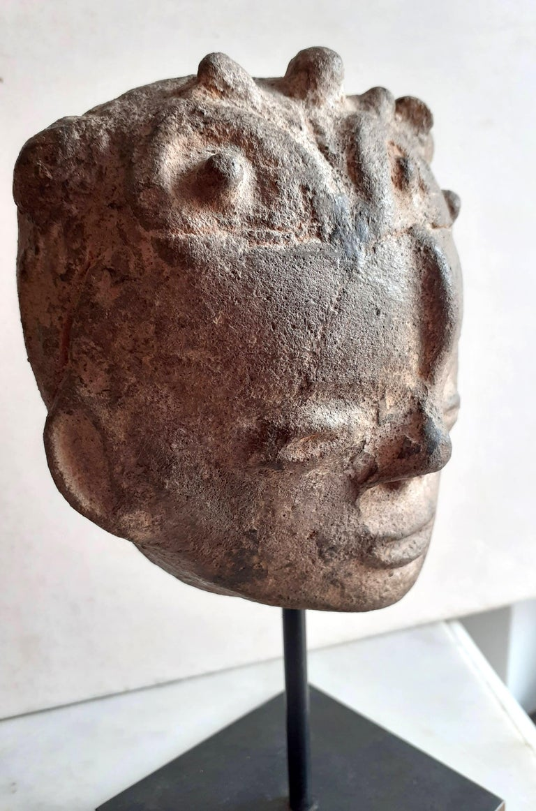 Akan Ashanti Memorial Portrait Head of a Noble Tribal African Art Sculpture  For Sale 2