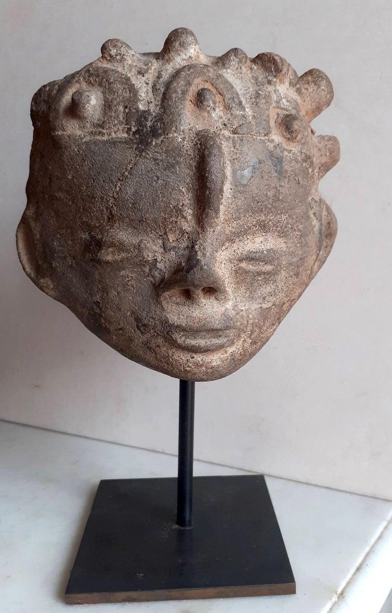 Akan Ashanti Memorial Portrait Head of a Noble Tribal African Art Sculpture  For Sale 3