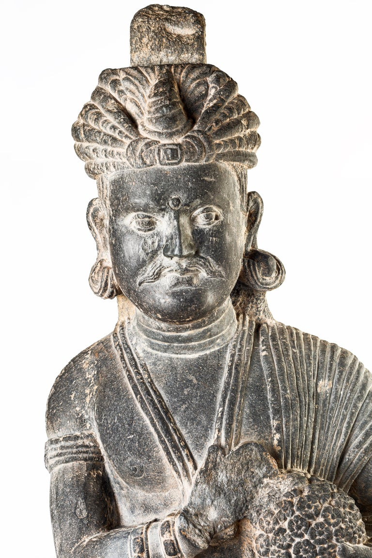 Ancient Gandhara Sculpture - 2nd/3rd Century For Sale 2