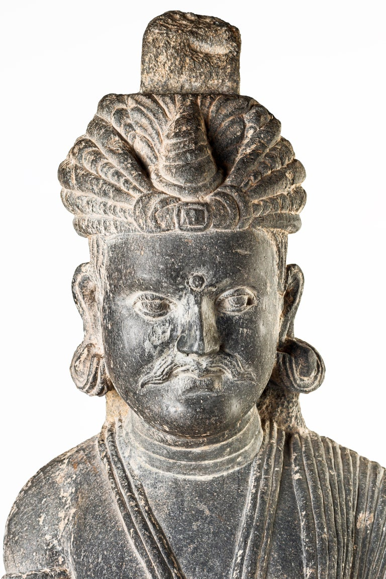 Ancient Gandhara Sculpture - 2nd/3rd Century For Sale 3