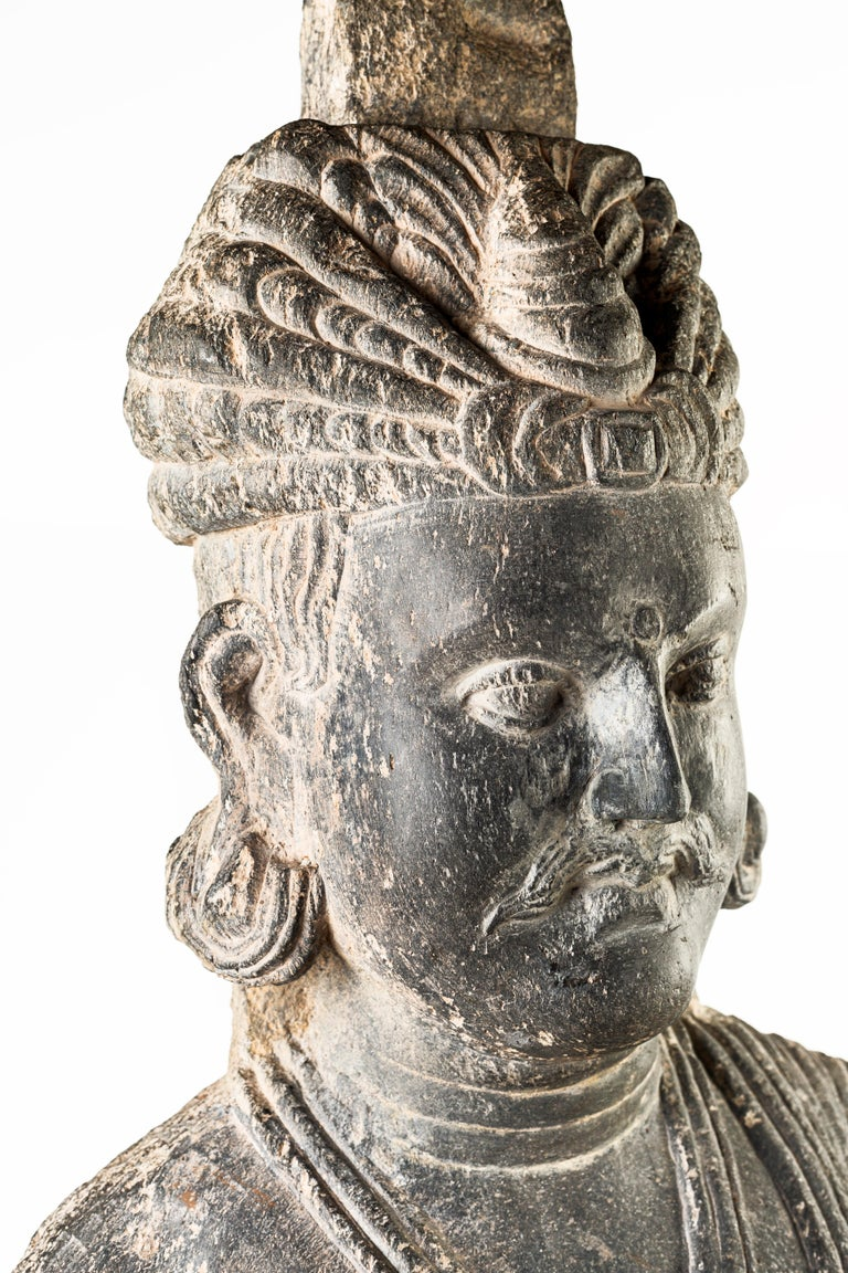 Ancient Gandhara Sculpture - 2nd/3rd Century For Sale 5