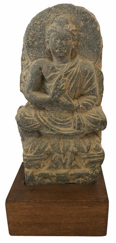 Buddha sitting in Lotus Throne in Dhyana Mudra with Halo