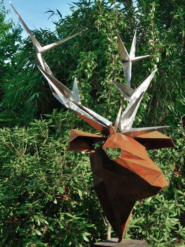 The extraordinary polygon sculpture