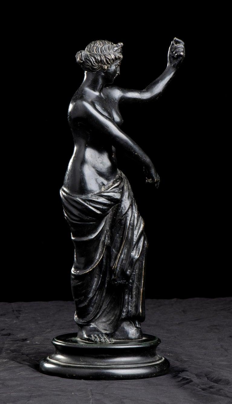 Figurative Sculpture Of Aphrodite Bronze Grand Tour After The Antique Grand Tour For Sale 7