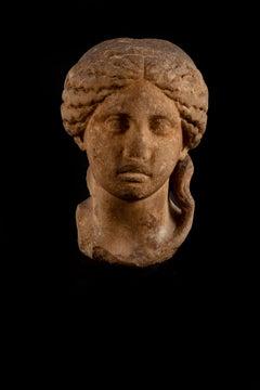 Head of a divinity, Roman period, circa 2nd ap.J-C, Marble, Antiquities