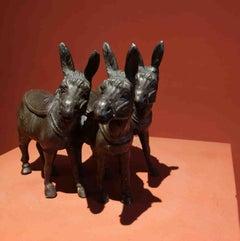 Italian Manufacture, Tre Donkeys Lucky charm, 19th, bronze