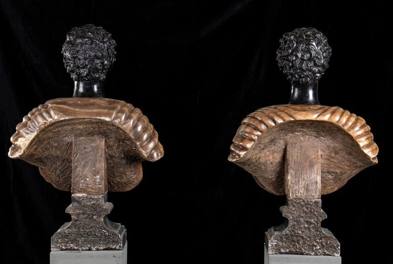 Pair of Marble Polychromy Figurative Sculptures Busts of Moors Italian 19th  For Sale 3