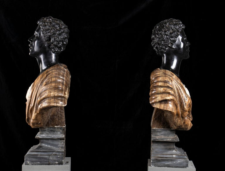 Pair of Marble Polychromy Figurative Sculptures Busts of Moors Italian 19th  For Sale 4