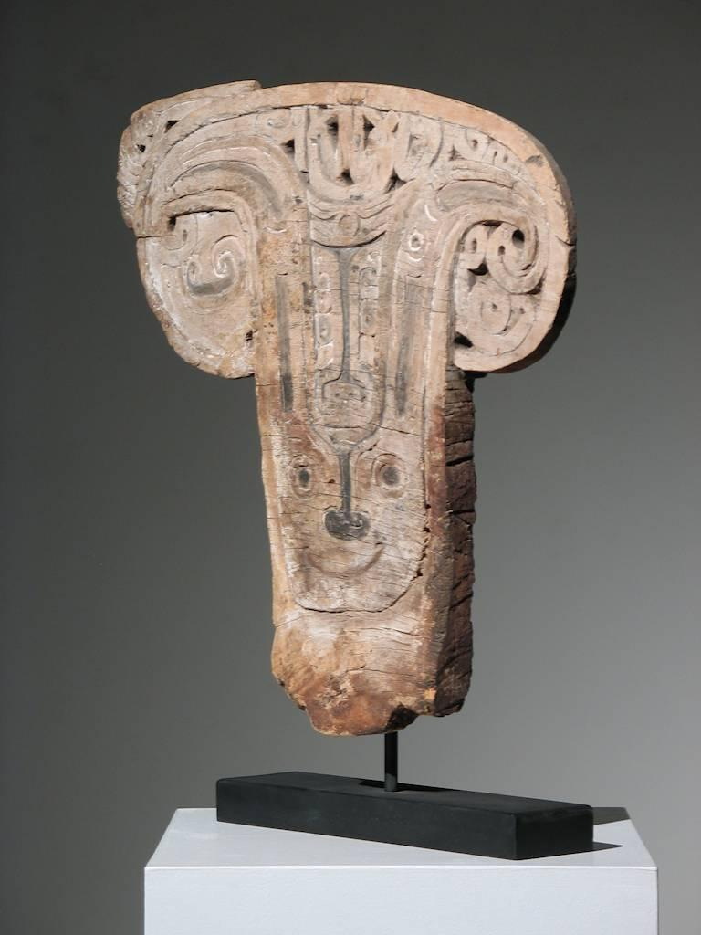 Papua New Guinea Splashboard - Sculpture by Unknown