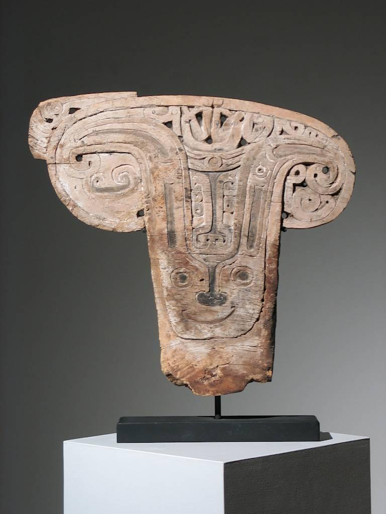 Unknown Abstract Sculpture - Papua New Guinea Splashboard