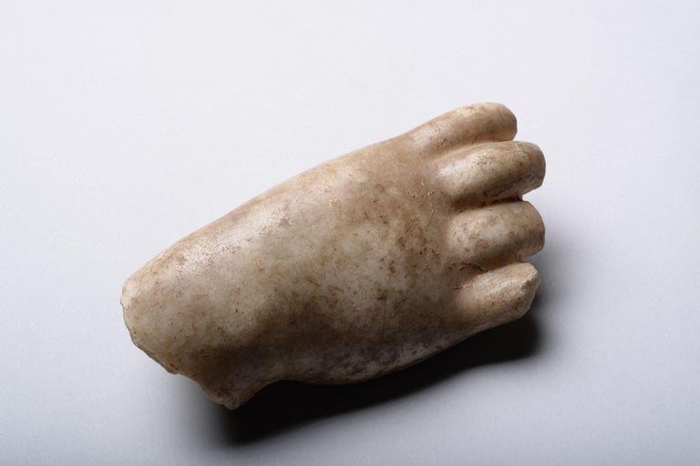 Roman Marble Fragment of a Hand - Sculpture by Unknown