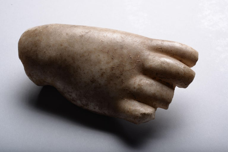 Roman Marble Fragment of a Hand For Sale 1
