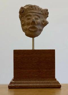 Small clay head - Remojadas Culture - Classic Veracruz Culture 100 BCE to 800 CE