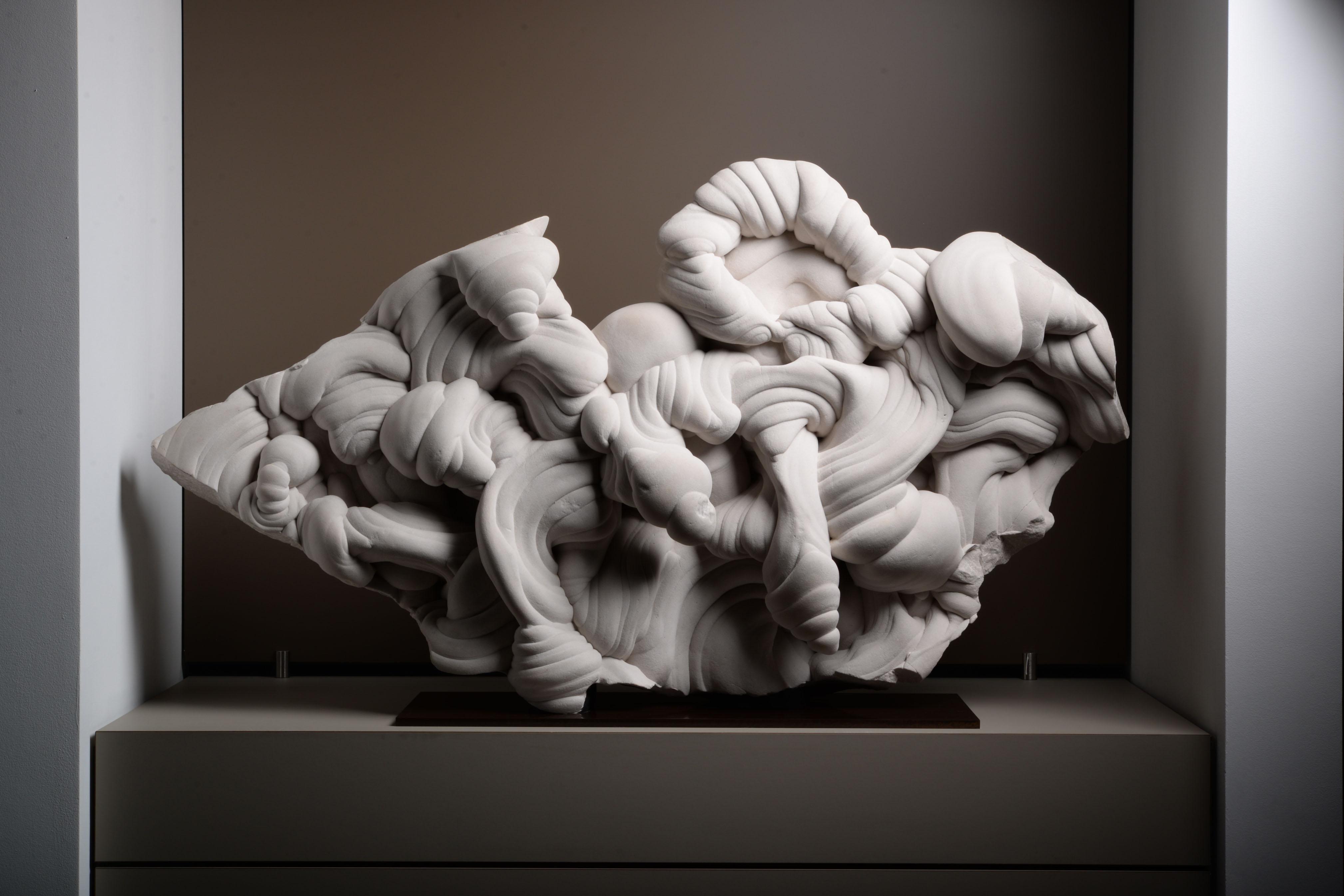 Spectacular Natural Freeform Gogotte Formation Sculpture
