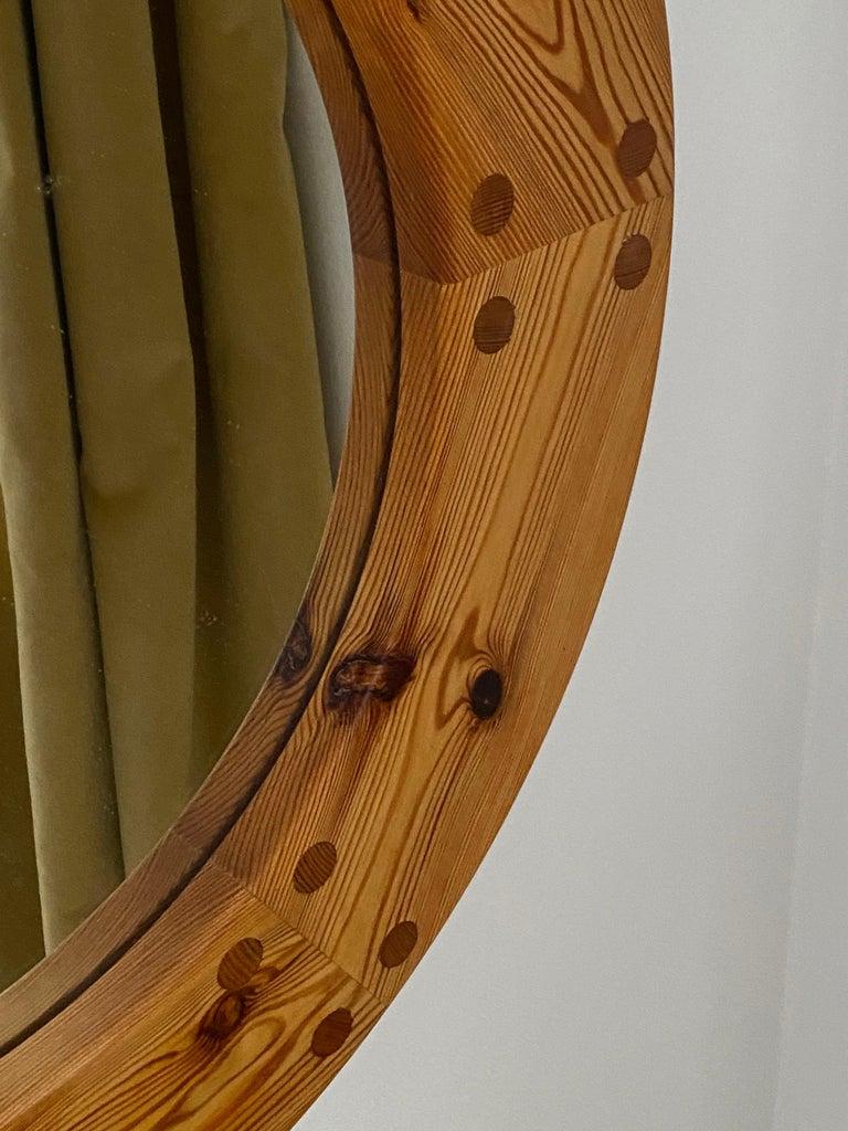Mid-Century Modern Uno Kristiansson, Round Wall Mirror, Solid Pine, Luxus, Sweden, 1960s For Sale