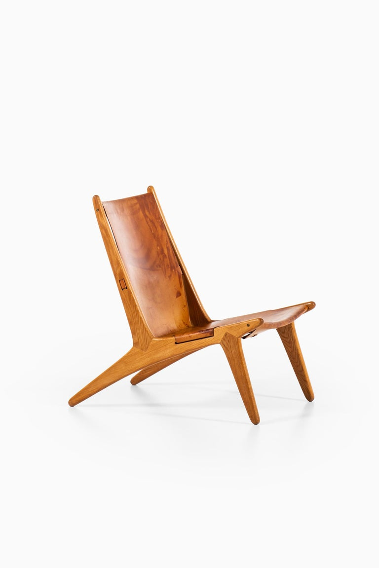 Uno & Östen Kristiansson Hunting Easy Chair Produced by Luxus in Sweden For Sale 4