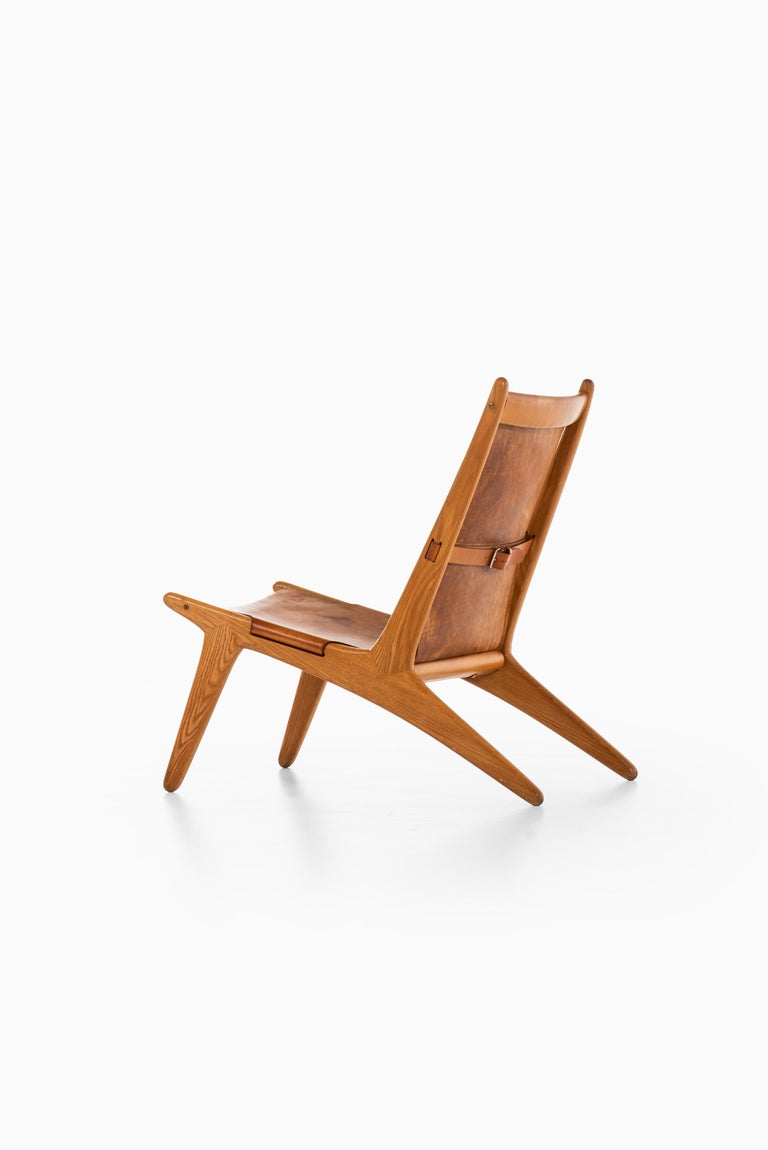 Leather Uno & Östen Kristiansson Hunting Easy Chair Produced by Luxus in Sweden For Sale