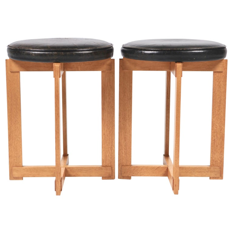 Uno & Östen Kristiansson, Rare Stools in Oak and Leather for Luxus, Sweden 1960s For Sale