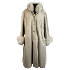 Unsigned Vintage Beige Fox Fur Trim Coat with Removable Lining