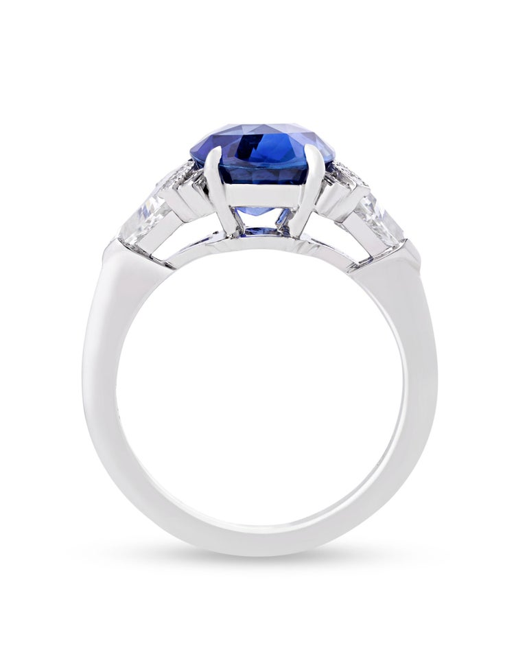 An untreated oval sapphire weighing 4.07 carats is set in this classic Art Deco-style ring from Raymond Yard. The stone is certified by the Gemological Institute of America and GemResearch SwissLab as being untreated, meaning its lovely blue hue is