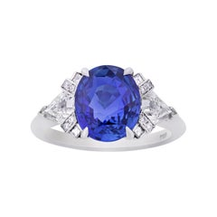 Untreated Sapphire Ring by Raymond Yard, 4.07 Carats