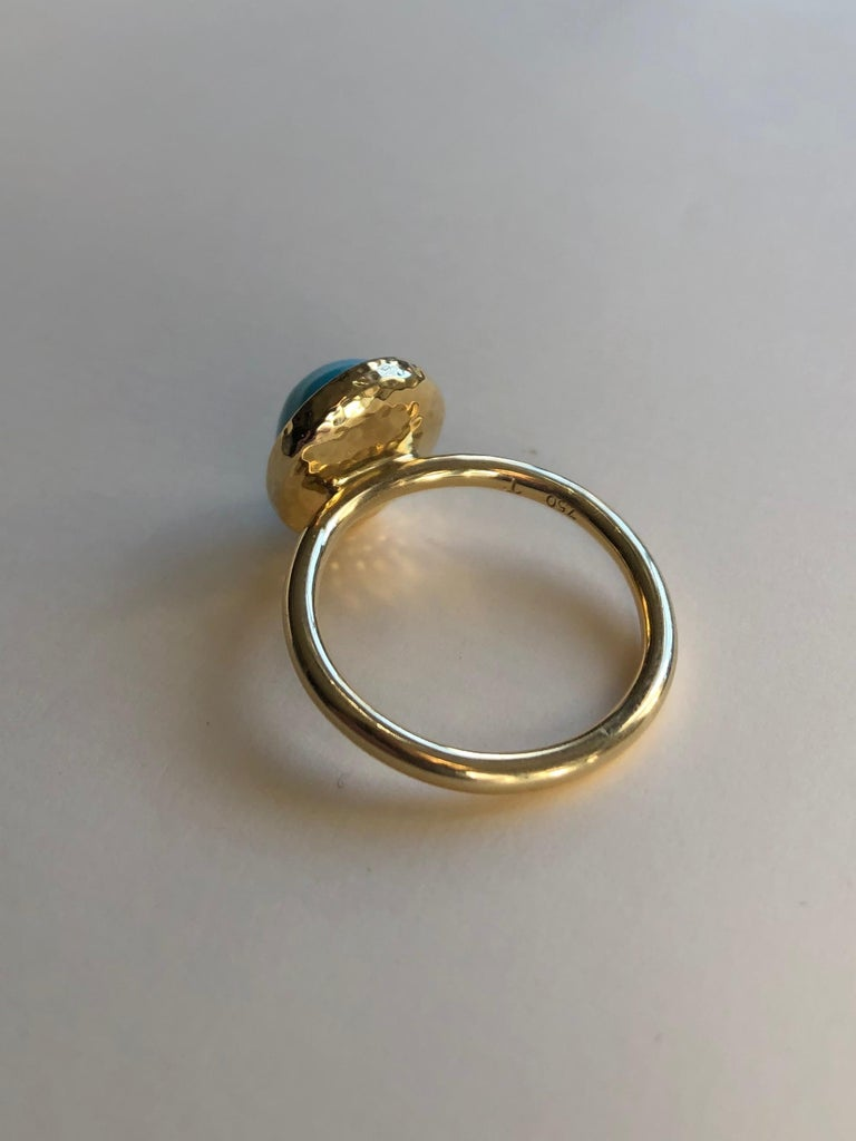 Untreated Turquoise and 18 Karat Gold Cocktail Ring For Sale 4