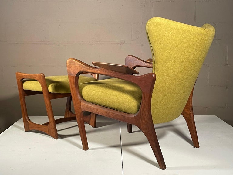 Unusual Adrian Pearsall Armchairs with Ottomans For Sale 8