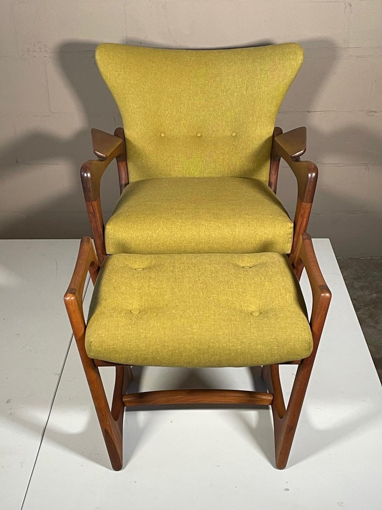 Unusual Adrian Pearsall Armchairs with Ottomans For Sale 12
