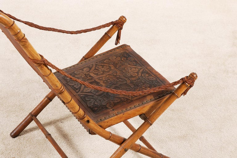 Unusual and Rare Folding Campaign Chair, France, 19th Century In Good Condition For Sale In Paris, FR