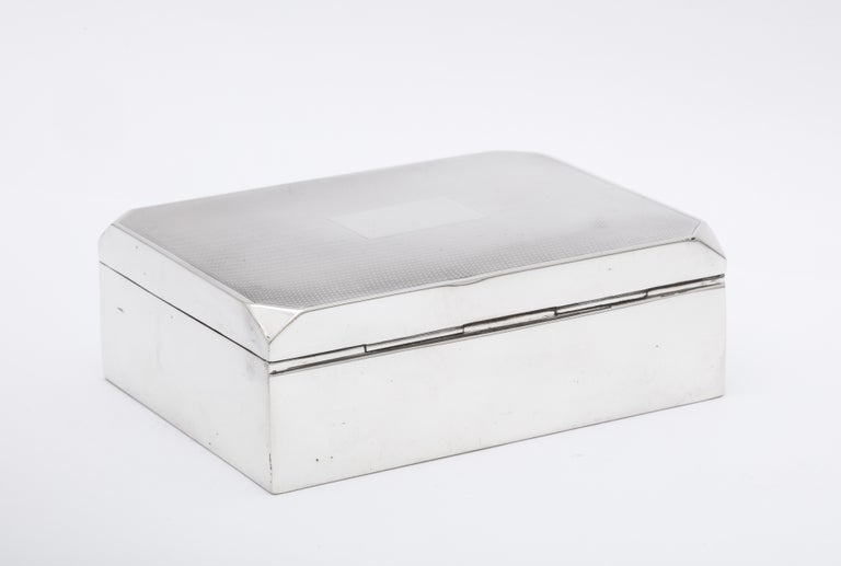 Mid-20th Century Unusual Art Deco Style Sterling Silver Table Box with Hinged Lid For Sale
