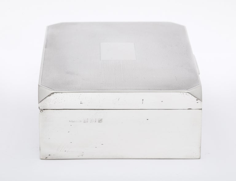 Unusual Art Deco Style Sterling Silver Table Box with Hinged Lid For Sale 2