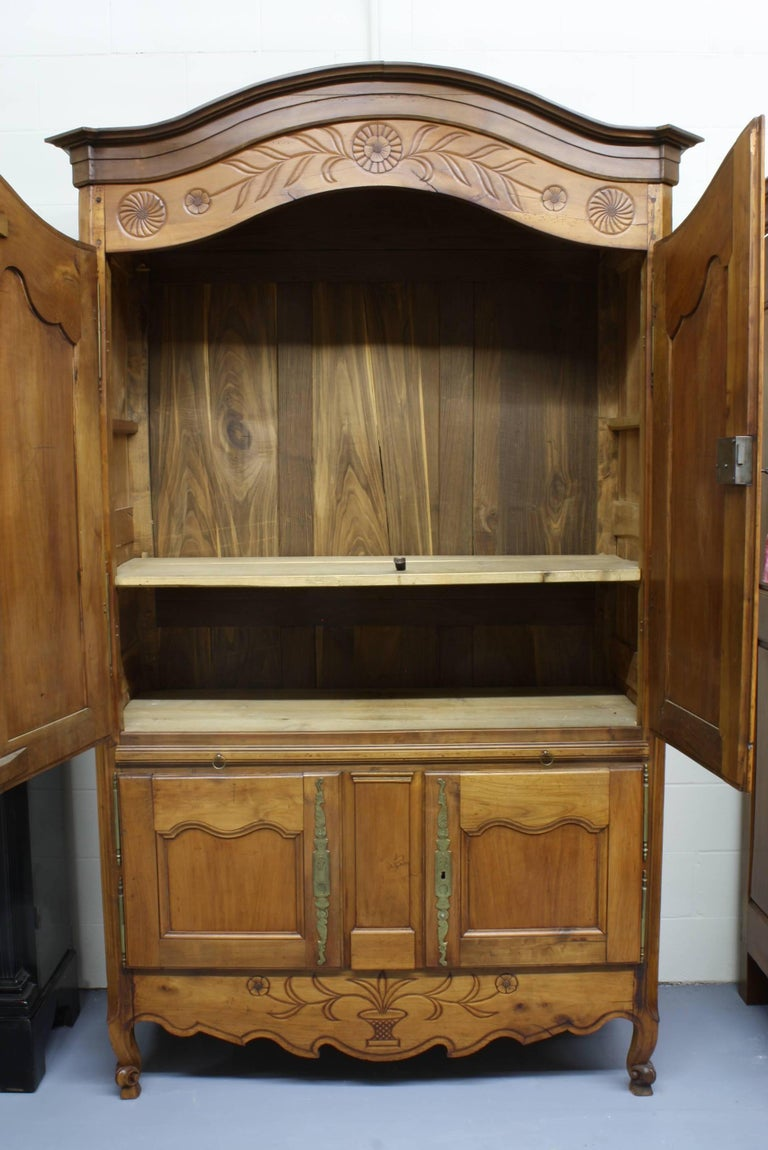 French Country Cherry Cupboard or Armoire with Four Doors and Shelf For Sale 6