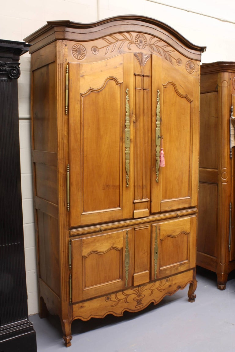 Louis XV French Country Cherry Cupboard or Armoire with Four Doors and Shelf For Sale