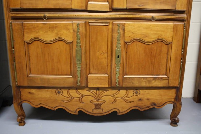 French Country Cherry Cupboard or Armoire with Four Doors and Shelf In Good Condition For Sale In Pembroke, MA