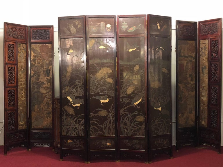 Unusual Eight Panel Chinese Coromandel Screen circa 1700-1800 with Carved Frame For Sale 8