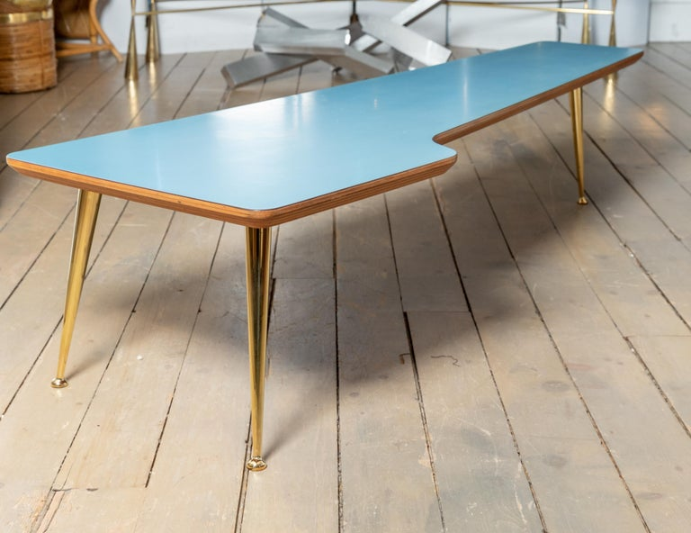 Italian Unusual Form Three Brass Leg with Blue Laminate Top Coffee Table Gio Ponti Style For Sale