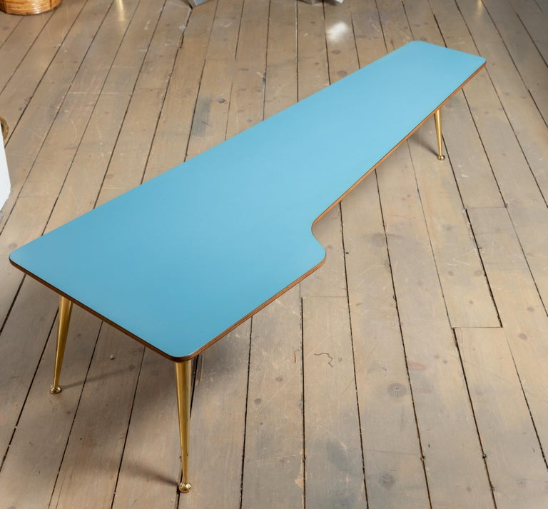 Unusual Form Three Brass Leg with Blue Laminate Top Coffee Table Gio Ponti Style In Good Condition For Sale In Bridgehampton, NY