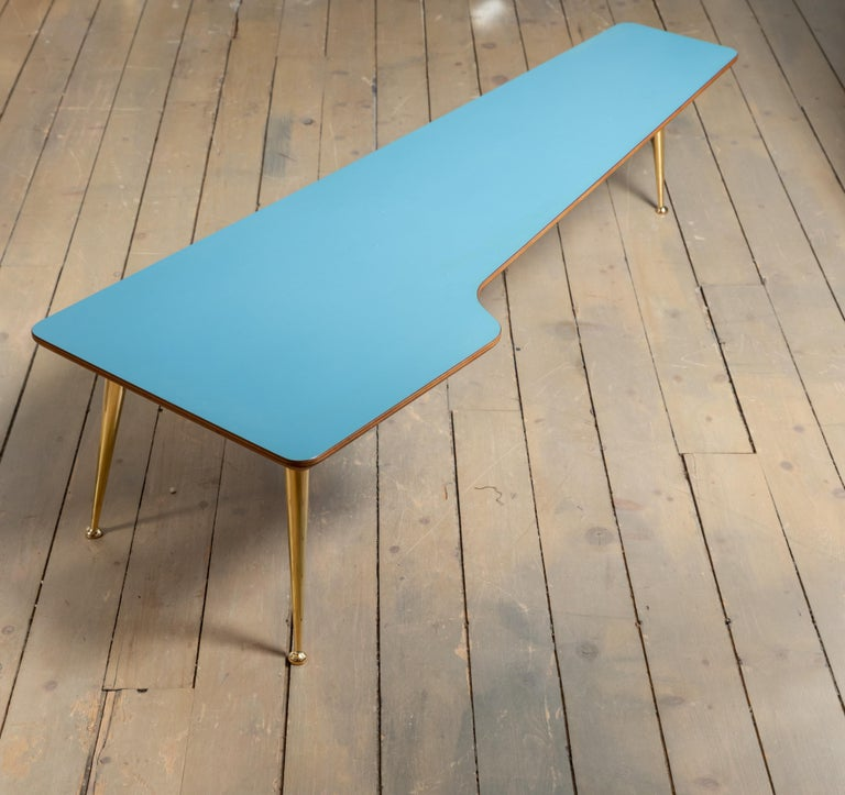 20th Century Unusual Form Three Brass Leg with Blue Laminate Top Coffee Table Gio Ponti Style For Sale