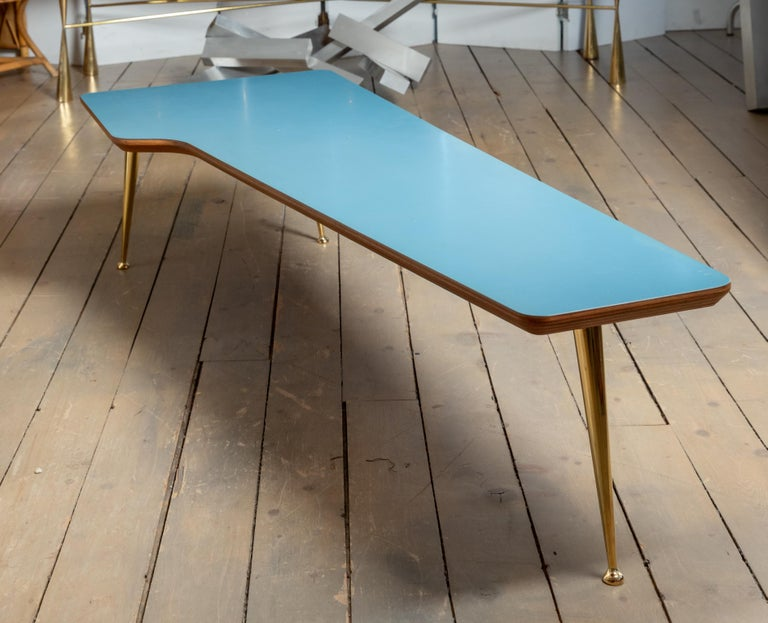 Unusual Form Three Brass Leg with Blue Laminate Top Coffee Table Gio Ponti Style For Sale 2
