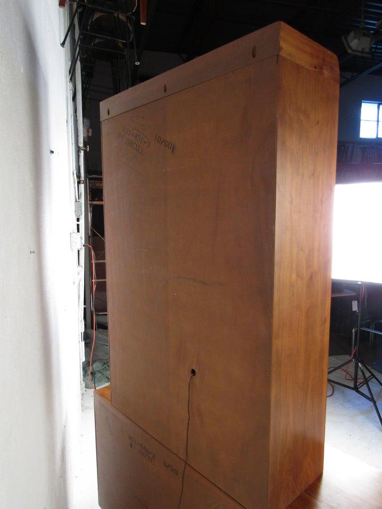 Unusual Mid-Century Modern Drexel Two-Piece Hutch For Sale 6