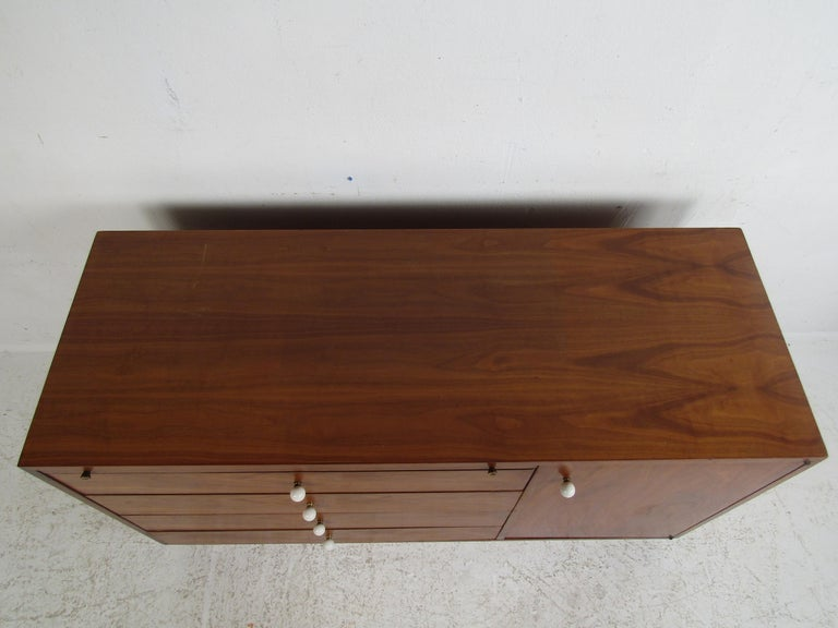 Late 20th Century Unusual Mid-Century Modern Drexel Two-Piece Hutch For Sale