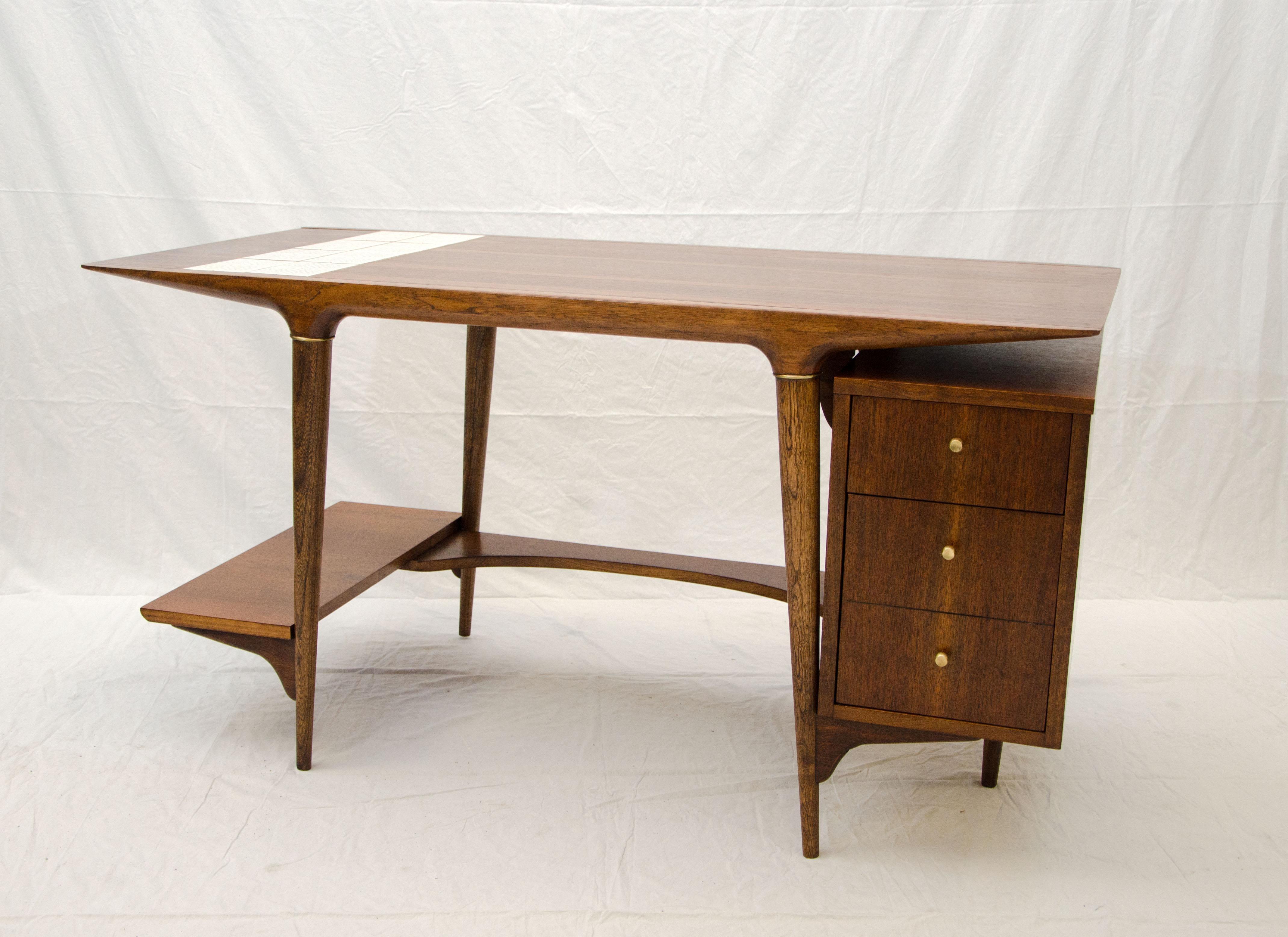 924 Lane Tile Desk C 2 master
