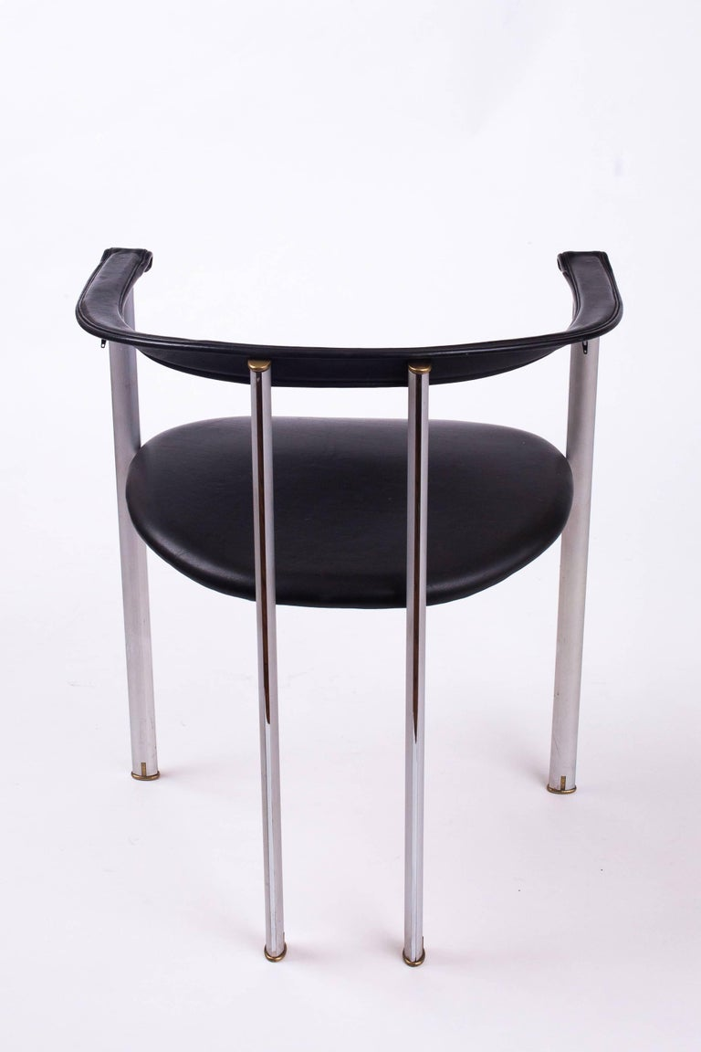 Italian Unusual Set of Three B&B Italia Dining Chairs in Steel and Leather, Italy 1980's For Sale