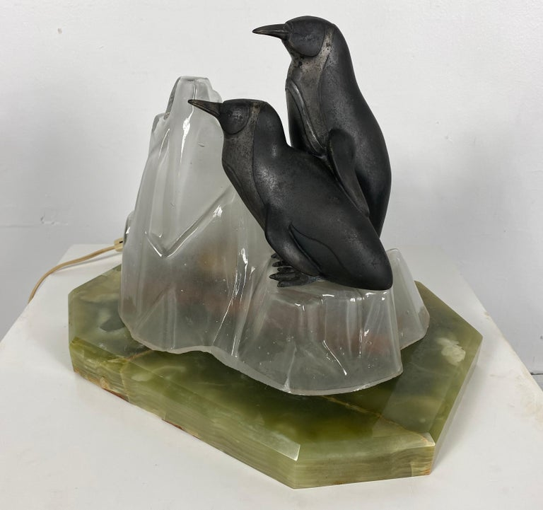 Unusual, Stylized Art Deco Penguin's and Glass Ice Glacier Table Lamp In Good Condition In Buffalo, NY