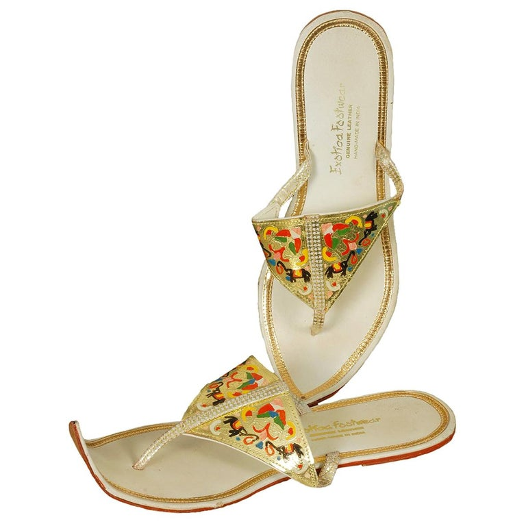 Unworn Hand-Painted Persian Toe Flat Thong Sandals - US 9, 1950s For Sale