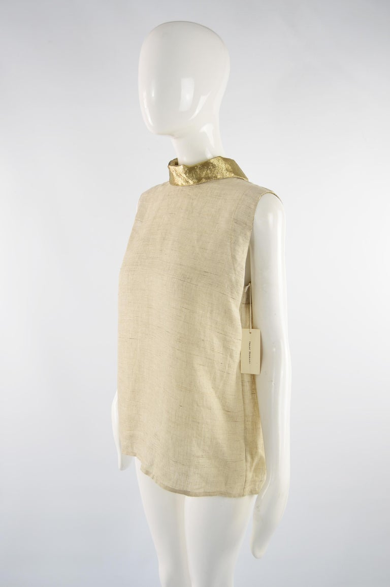 Unworn Isaac Mizrahi Pure Linen & Gold Lamé Vintage Open Back Blouse, 1990s In Excellent Condition For Sale In Doncaster, South Yorkshire
