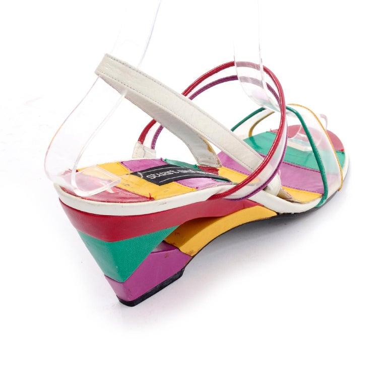 Unworn Stuart Weitzman Vintage Red Green Purple & Yellow Rainbow Heel Shoes 38 In Excellent Condition For Sale In Portland, OR